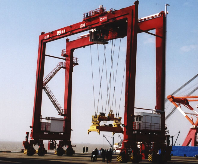 Rubber Tyred Gantry Cranes Translate : Port cranes from dqcranes satisfy all your requirements