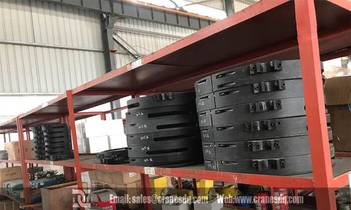 Thailand customer visit:Parts storage of Dongqi Hoist and Crane, efficient quality control, quick delivery, sustainable supplying.