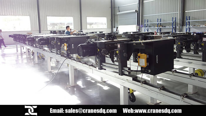 European electric hoist workshop and Fem hoist factory