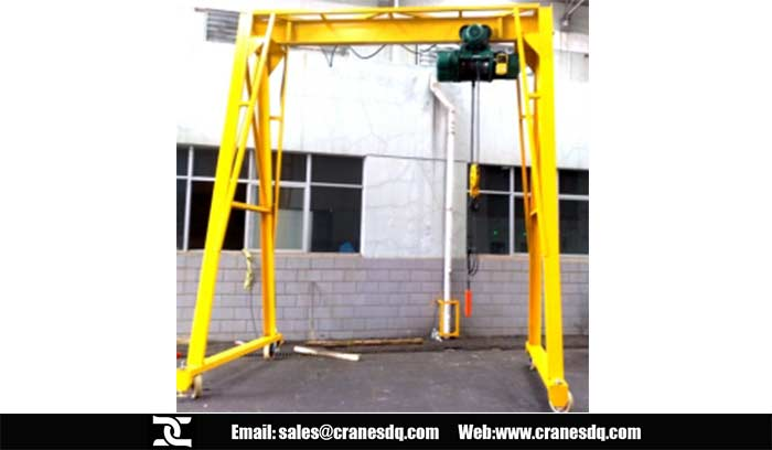 Adjustable gantry crane for sale