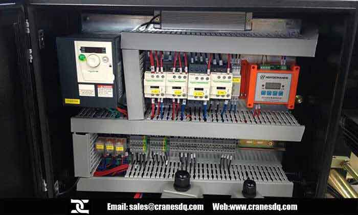 Crane control panel, crane control box and electric components connection