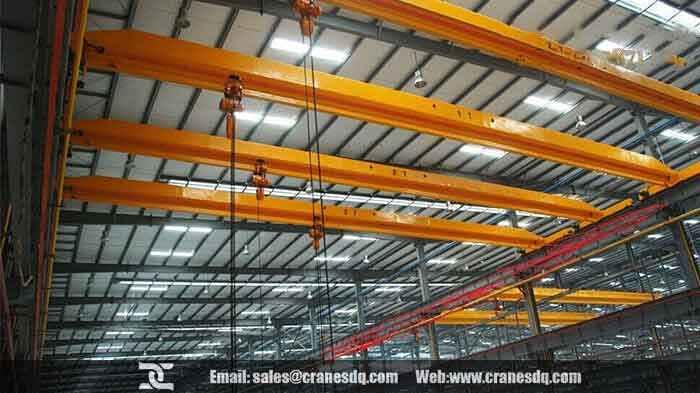 Single girder crane with electric chain hoist & chain fall hoists